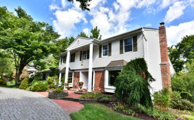 308 Canterbury Lane, Wyckoff, NJ 07481 - SOLD
