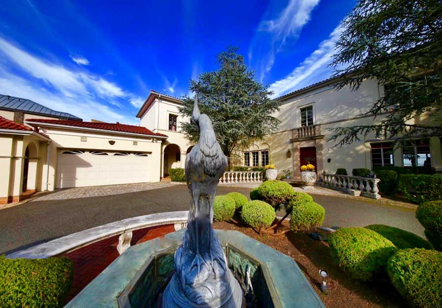 storied-bluff-estate-up-for-auction