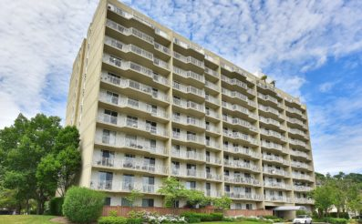 1077 River Rd, TH-7, Edgewater, NJ 07020 - SOLD