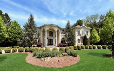 15 Blueberry Hil, Upper Saddle River, NJ 07458