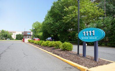 1111 River Rd F-16, Edgewater, NJ 07020 - RENTAL