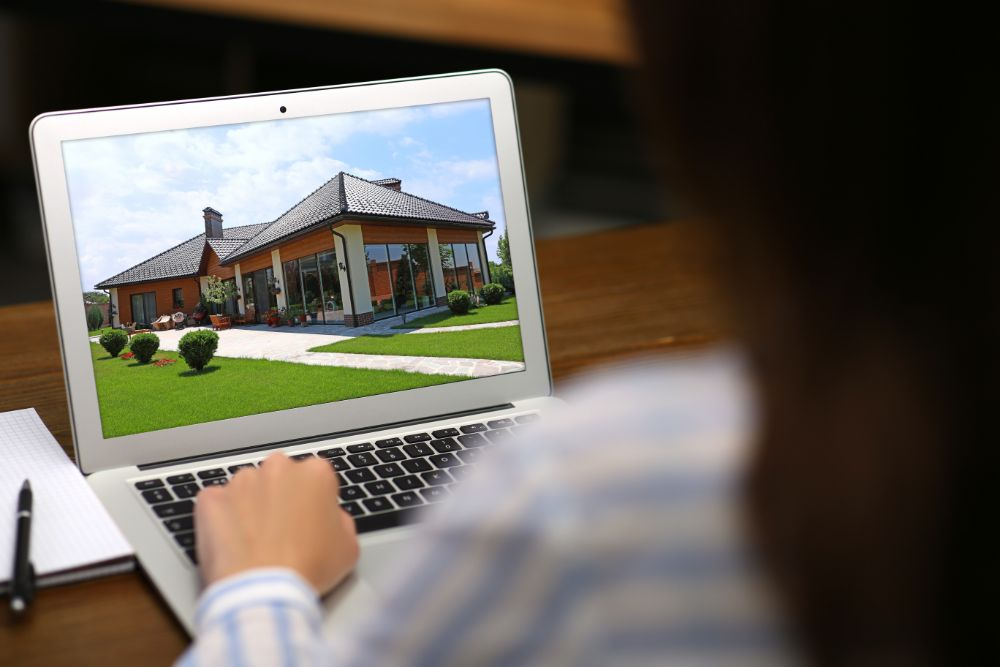 Virtual Home Tours May Help Home Sellers Counteract COVID-19