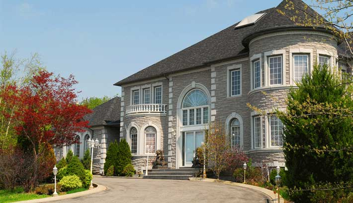 celebrities-who-have-made-alpine-new-jersey-home